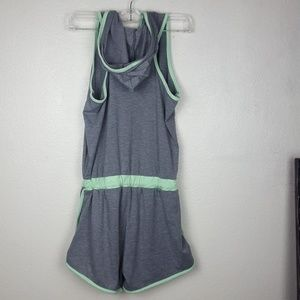 Bobbie Brooks Other - Cute Sports romper with tie waist